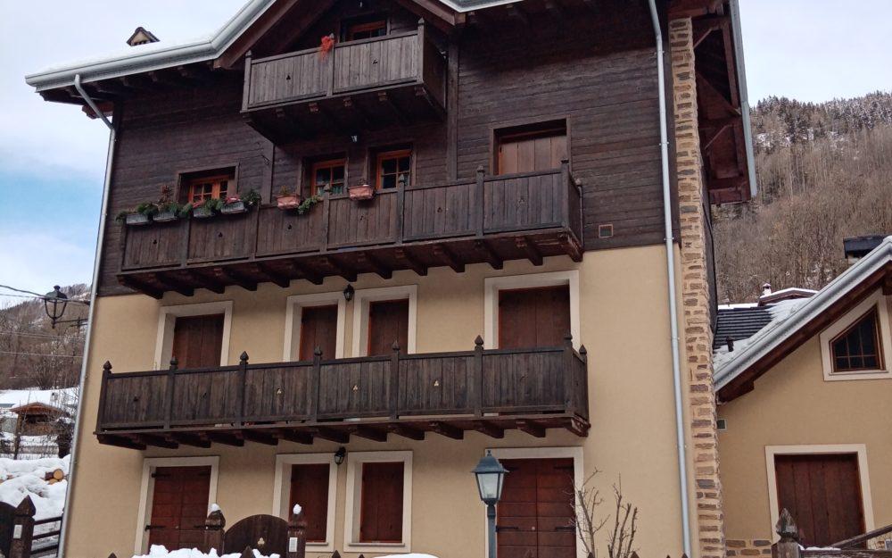 Appartamento trilocale in frazione di Vione con giardino esclusivo