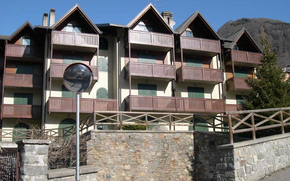Appartamento bilocale mansardato a Vezza, zona centrale